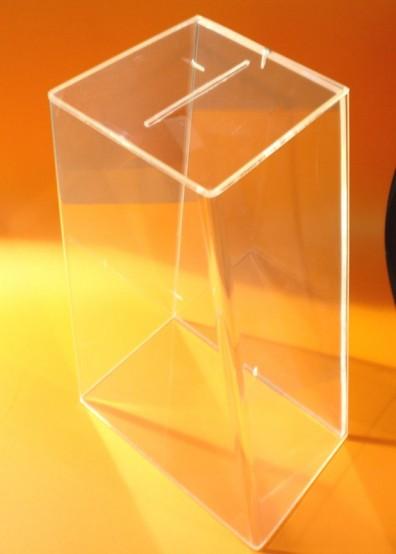 urna con tapa a tornillo