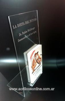 display-de-libro-en-acrilico